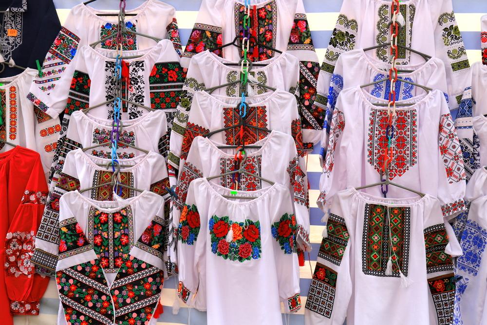 українська народна вишивка, народна вишивка, орнаменти вишиванок по регіонам
